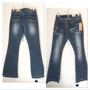 NWT MUDD FLARE JEANS